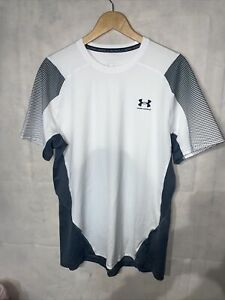 Mens Under Armour Heatgear T Shirt. Used Size Large