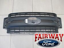 17 thru 18 Super Duty F-250 -F350 F-450 F-550 OEM Genuine Ford Black Grille NEW