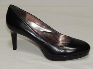 """CALVIN KLEIN Women's """"Odette"""" Black Leather Round Toe Platform Pumps Size 8 M"""