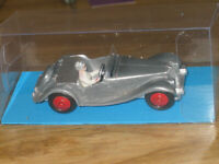 Supplied by DINKY MECCANO 1955 MG MIDGET No.108 MODEL KIT+CLEAR DISPLAY BOX
