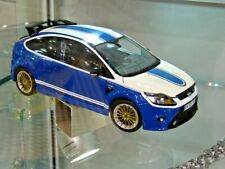 FORD Focus RS 2010 Tribute Capri DRM weiss blau Tribute 1/702 Minichamps 1:18