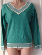 GREEN AND WHITE  JUMPER,SIZE X LARGE