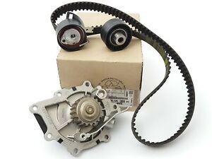 Courroie De Distribution Citroen Peugeot 407 508 607 C5 C6 2.2HDi 16135618
