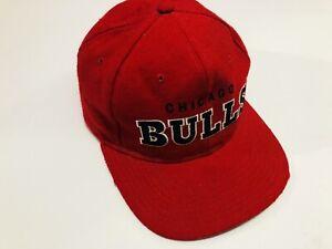 Vintage Starter NBA 90's Chicago Bulls Hat Snapback Red 100% Wool