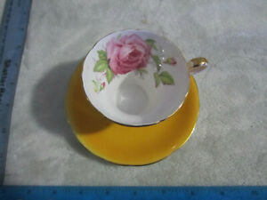 Aynsley Rose Cabbage Teacup + Saucet Set Yellow