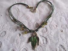 Hoja De Cristal Verde Esmalte Colgante Collar Con Cable Verde