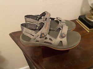Mens Merrell Sandals.. Size 8