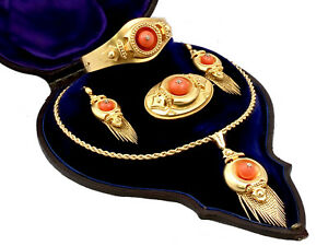 Victorian 20.25 ct Coral and Diamond, 22k Yellow Gold Jewellery Set