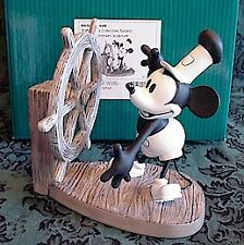 """WDCC """"STEAMBOAT WILLIE"""" Mickey's Debut (Member Backstamp)"""