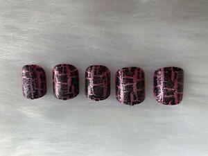 Short coffin press on nails, fake glitter nails, Halloween Nails/teen girl nails