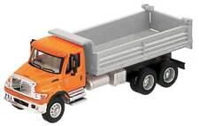11661 Walthers SceneMaster International 7600 3-Axle Heavy Duty Dump Truck Ho