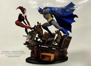 DC Comics Batman vs Harley Quinn Battle Statue Figurine 2500 By only Made