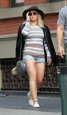 Hilary Duff With Long Striped Sleeve 8x10 Photo Print