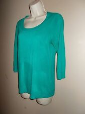 New York & Co Womens Size M Solid Green Pullover Scoop Neck Sweater Short Sleeve