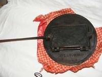 ANTIQUE CAST IRON BELGIAN WAFER WAFFLE BISCUIT PRESS WITH STAND ST HUBERT