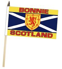 Sautoir Écosse 'BONNIE Écosse' Grand main Agitant COURTOISIE DRAPEAU