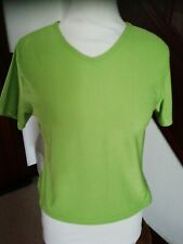 LADIES GREE STRETCH GYM/CASUAL VNECK TOP SIZE  M/L More Like Medium