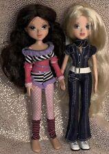 Lot of 2 MGA Moxie girl dolls Brunette Blonde