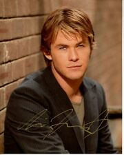 CHRIS HEMSWORTH Signed Autographed Photo
