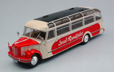 Borgward Bo 4000 Beige / Red Bus 1952 1:43 Model IXO MODEL