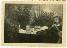 PHOTO ANCIENNE - ENFANT LANDAU BÉBÉ HUMOUR GLACE - CHILD FUNNY -Vintage Snapshot