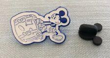Disney Pin DVC Mickey Lugging Suitcase Pin Pic No 128509