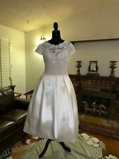 New Authentic Pronovias Short Embroidered Wedding Dress Size 10 Designer Brand