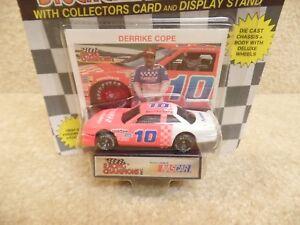 1991 Racing Champions 1:64 Scale NASCAR Derrike Cope Purolator Chevy Lumina a