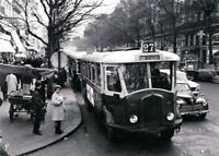 """PHOTOGRAPHIE,   """"L'autobus du Bd St-Michel"""", Paris, 1967"""