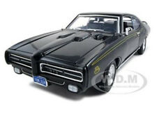 1969 PONTIAC GTO JUDGE BLACK 1/18 DIECAST MODEL CAR BY MOTORMAX 73133