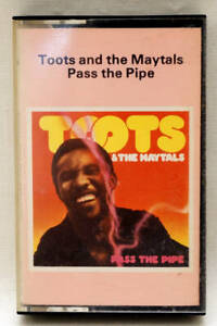 TOOTS & THE MAYTALS Pass The Pipe RARE Cassette Island ZCI 9534 UK 1979