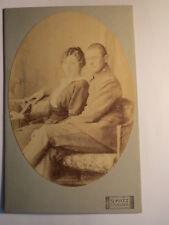 Erlangen - Frau & Soldat in Uniform sitzend auf Bank - Regiment KB IR 19 / KAB