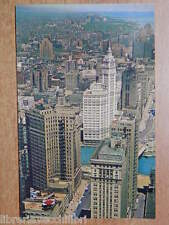 postcard MICHIGAN AVENUE Prudential Building Stone Container Building CHICAGO