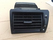 FORD MONDEO MK3 DASHBOARD DASH AIR VENT OFFSIDE DRIVERS FRONT 1S7HA018B09ADW