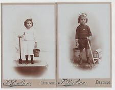 LOT DE 2 PHOTOS ANCIENNE ENFANTS JEUX PLAGE  ( ref 31 )