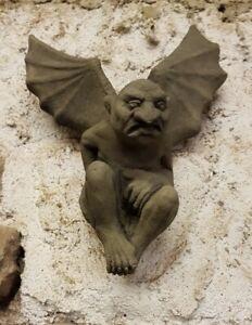 Fledermaus Dämon Gargoyle Wandbild Skulptur Look Sandstein Steinguß H 79 GRAU