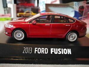 Ford Fusion (Mondeo mk5) Titanium 1/43 Greenlight Diecast model