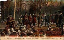 CPA Chasse a Courre en Forét de Fontainbleau - Attendant l'Heure du R.  (166699)
