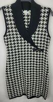 Calvin Klein Womens Large Black White Houndstooth Sleeveless Sweater Dress