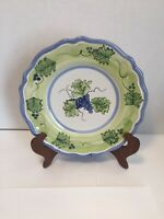 """VIETRI Grapes Leaf & Vines Green Blue White Hand Painted 8.25"""" Plate Signed"""