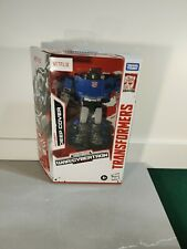 New Transformers War For Cybertron Netflix Autobot Deep Cover Exclusive In Hand