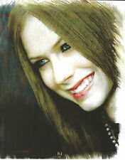 Avril Lavigne 8 X 10 Photo Art With Ultra Pro Toploader