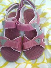 Khombu Girl's Youth Size 3 Pink Hook And Loop Sandals