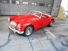 MGA MG A MKI A1500 open convertible Luggage Rack rot red NEU Triple9 IXO 1:18