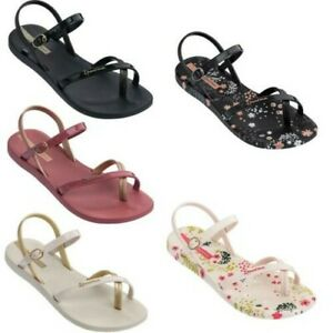 Ipanema Womens Fashion Flip Flops Floral Beach Sandal Pretty Flower Petals Blush
