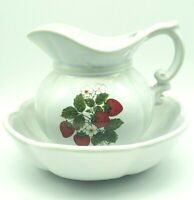Vintage McCOY Pottery Strawberry Country Pitcher & Bowl Wash Basin 7528 USA