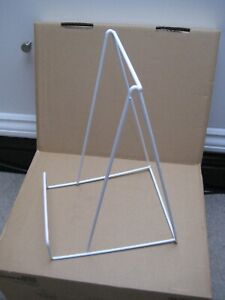 2 x Large wire plate display stand, white, used