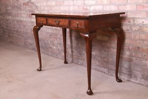 Kittinger Queen Anne Burled Walnut Writing Desk or Console Table