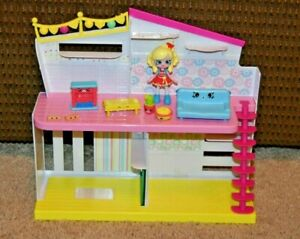 Shopkins Happy Places Home With Poppy Doll & Furniture EUC