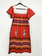 Vintage Mexican Dress Folk Art Oaxacan Embroidered People Lace Festival Caftan